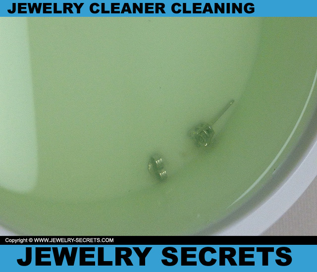 Gentle Jewelry Cleaner Cleaning Jewelry